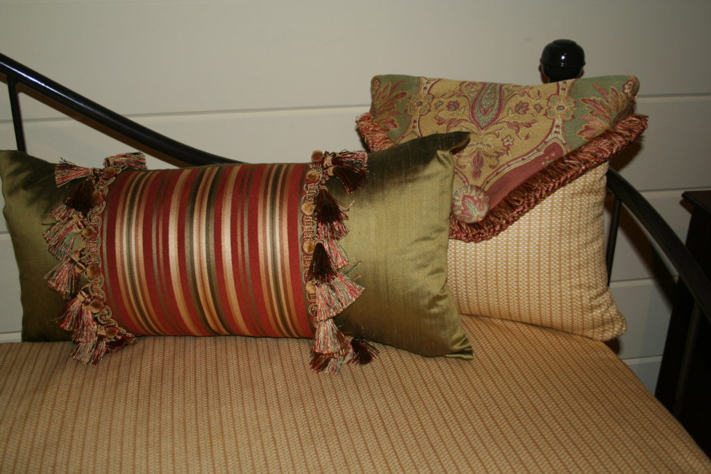 Pillows, bedding, valances