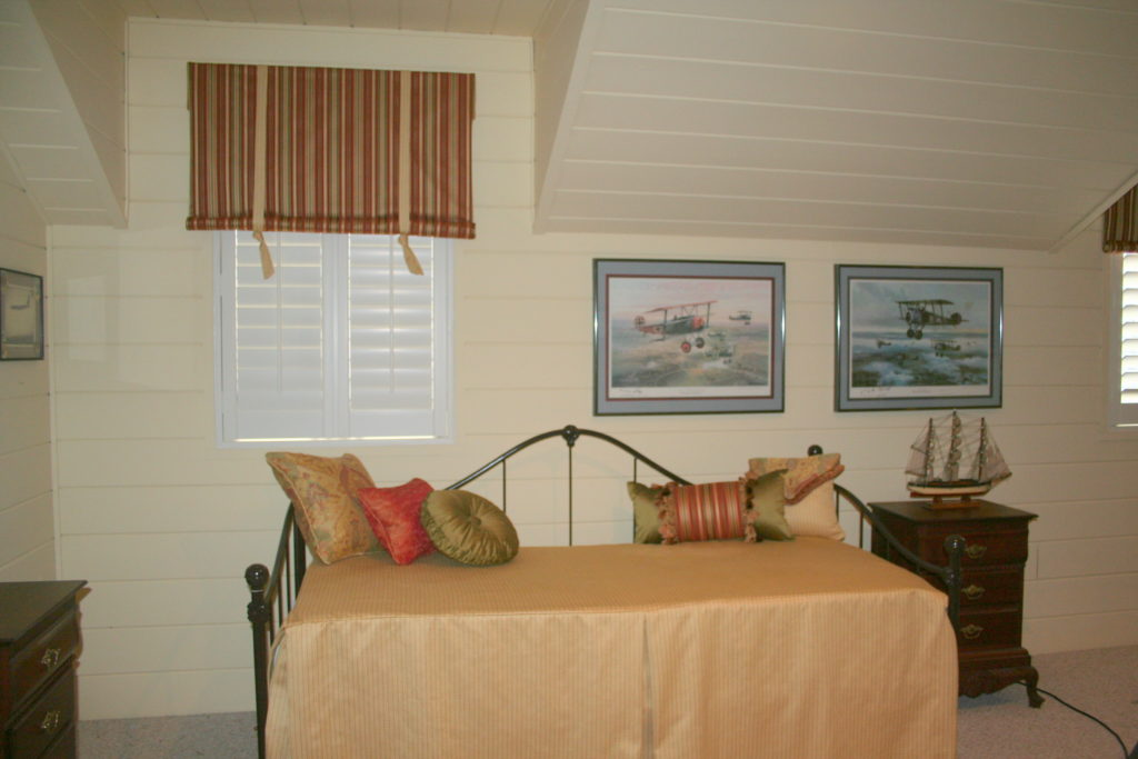 Daybed Makeover completed, valances, shutters, bedding