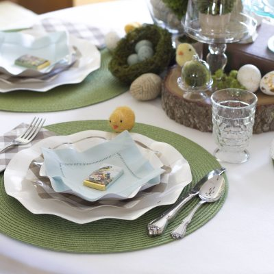 Simple, Easy, and Pretty Easter Table with Paper Plates and Napkins