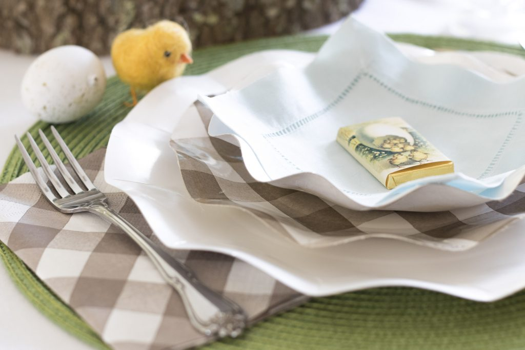 Simple Easter Table settings, Paper plates, wool chicks, Easy and Pretty