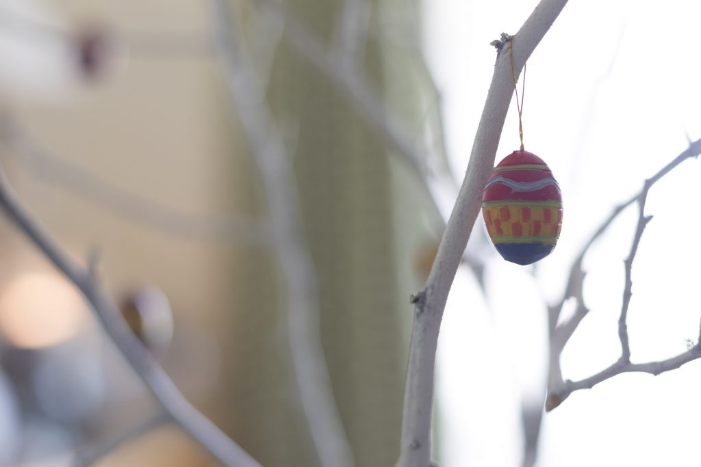 Easter egg tree, Kid-Friendly Easter Table