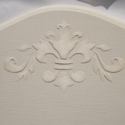 $20 Shelf DIY Chalk Paint Fixer Upper