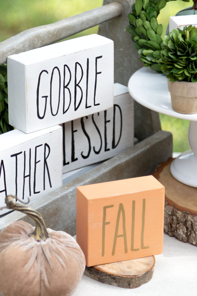 Easy DIY fall and Thanksgiving block signs