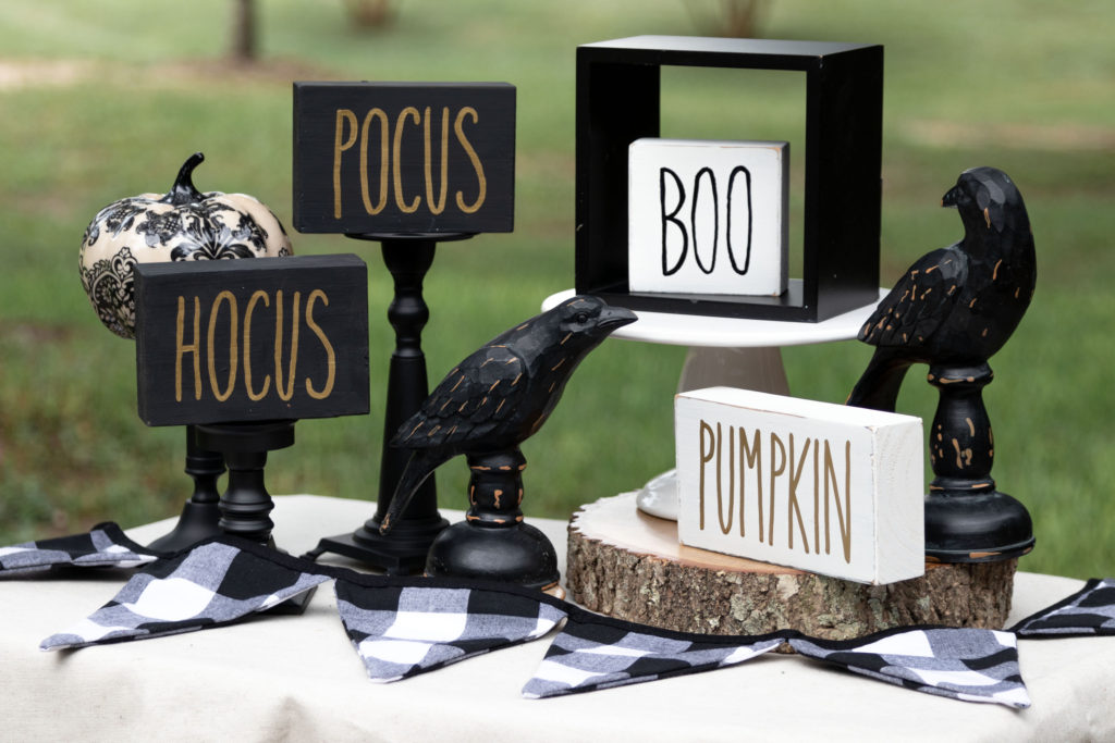 Halloween Rae Dunn inspired signs DIY