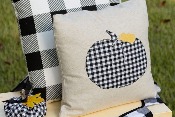 Black and White Check Pumpkin Pillow Applique DIY