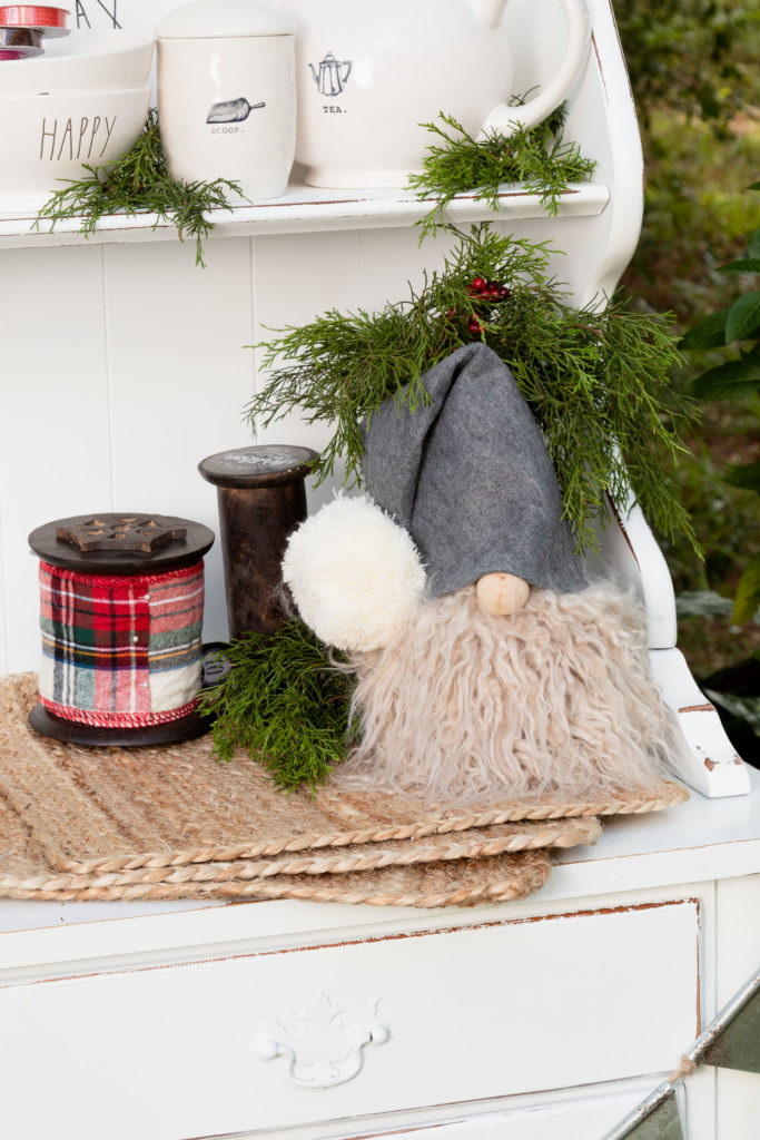Gnome Decor, easy to make gnomes for all year