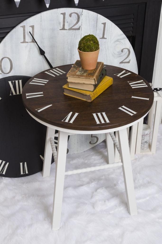 Clock and Table Clock #kippiathome