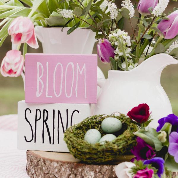 Spring Block Signs, super easy DIY, free designs