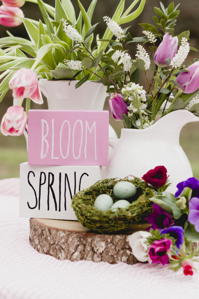 Bloom and Spring Block Signs, easy DIY signs