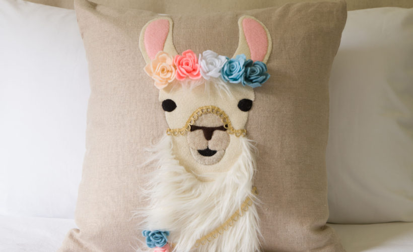 Llama Pillow, FREE SVG file, Make a pretty Llama pillow for someone special, learn how...