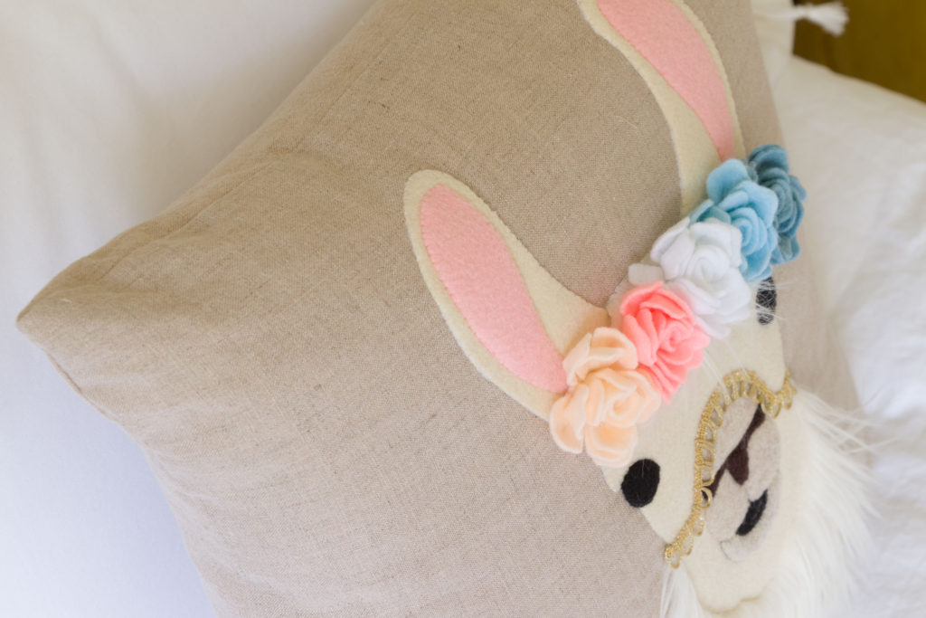 Pretty flower crown, Easy DIY llama pillow
