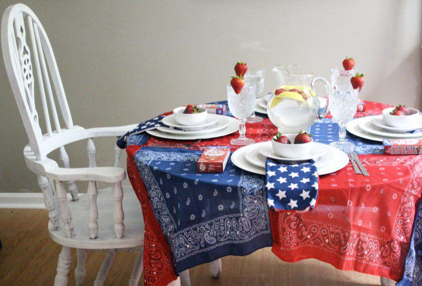 No-sew bandanna tablecloth, red, white and blue