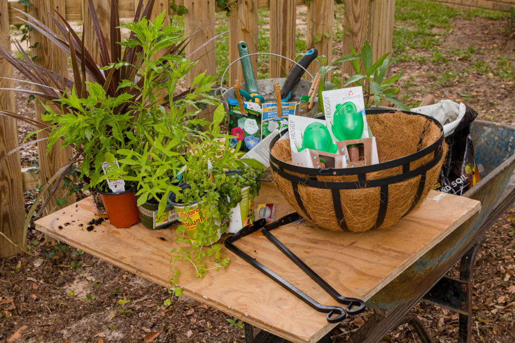 Makeshift portable potting table