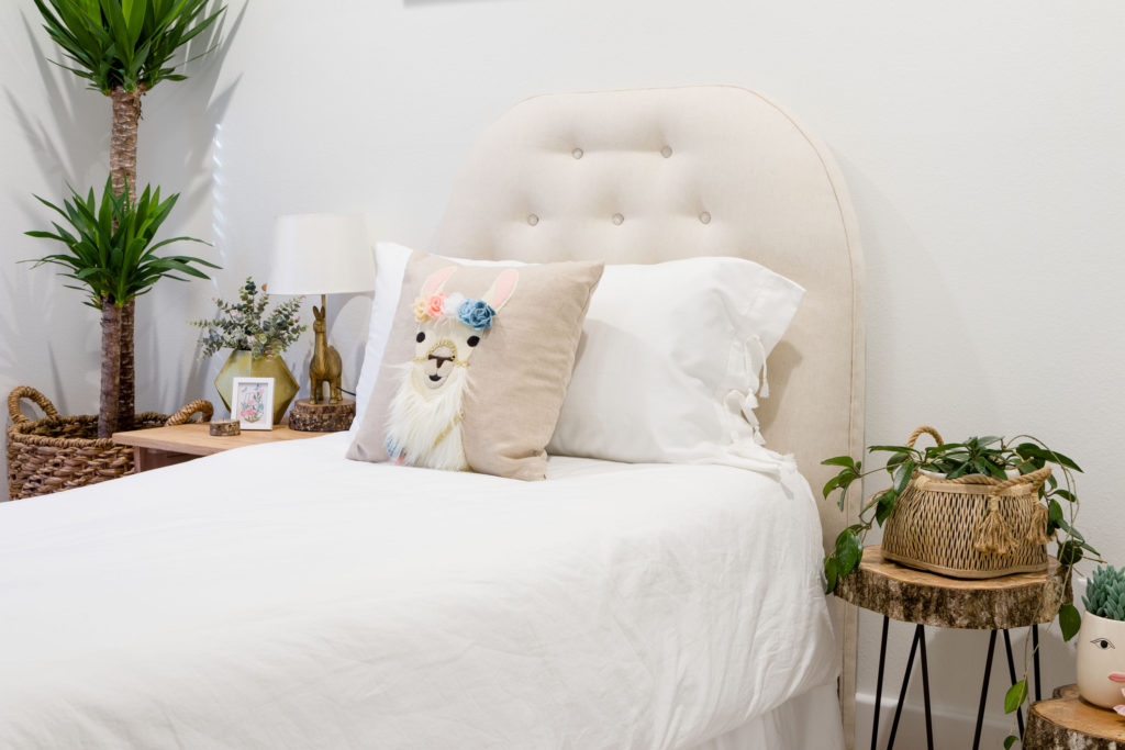Llama DIY pillow and gorgeous pillow sham