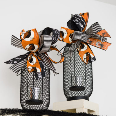 Lanterns with Halloween bows