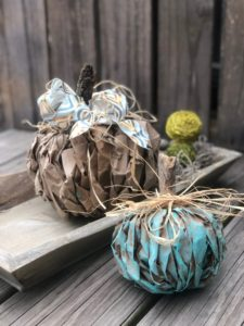 Teal pumpkin lunch bag DIY