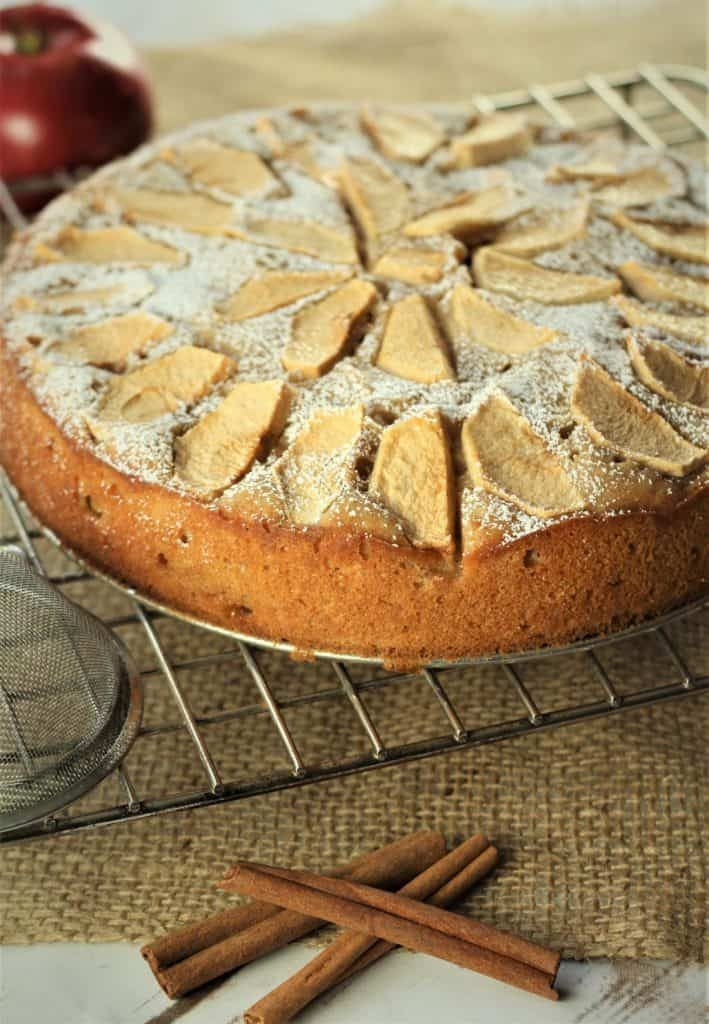Italian Apple Yogurt Cake