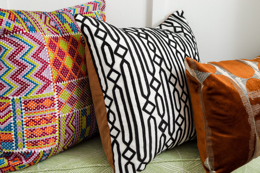 Envelope Pillow Step By Step Diy Throw Pillows
