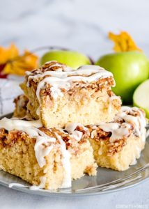 Apple Fritter Breakfast Cake