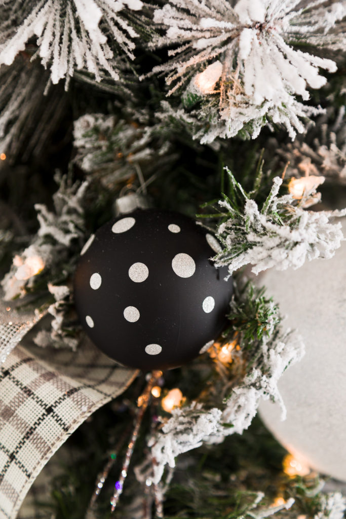 Modern farmhouse DIY Christmas ornaments