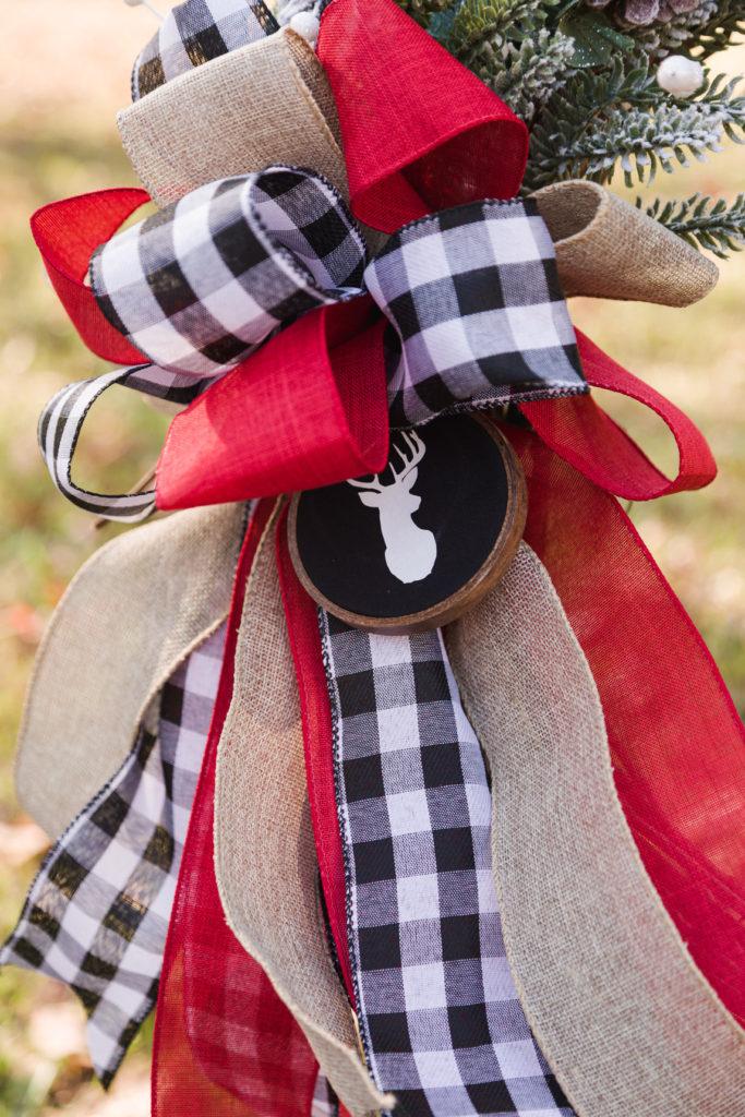 DIY Christmas Bow with Deer Embroidery Hoop