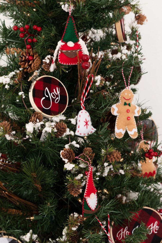 Cricut Christmas tree decorations