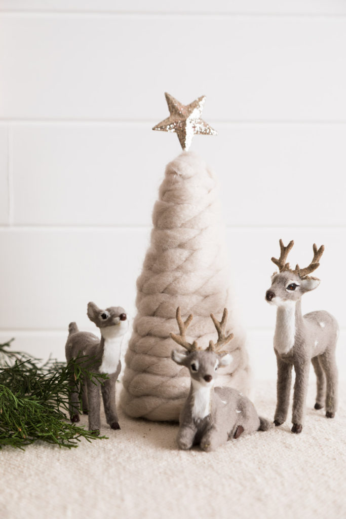 DIY yarn tree and deer