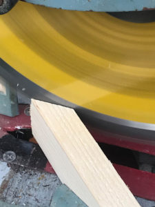 Cutting miters for trim