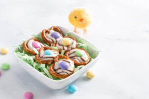 Easter and Spring Pretzel bites