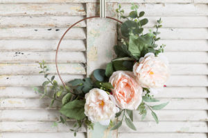 Easy Hoop Wreath