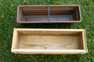 Finished DIY flower box with insert