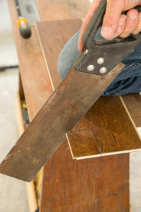 Cutting the vinyl plank flooring
