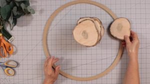 Placing the wood slices
