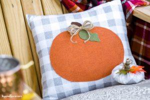 Fall Decorating DIY Pumpkin Pillow