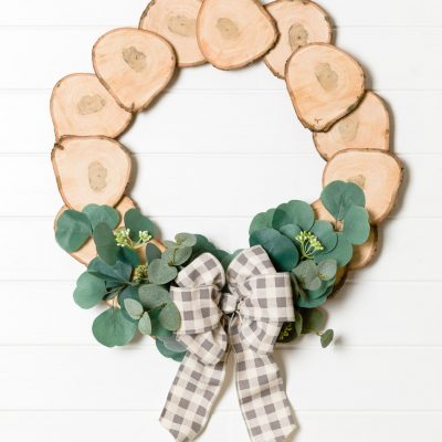 DIY Wreath with Wood Slices