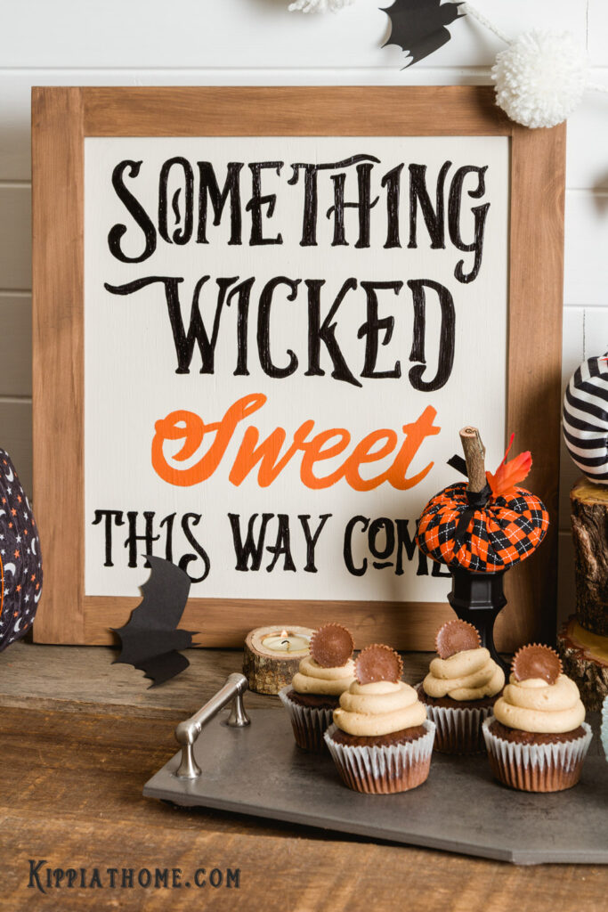 Halloween Sign and cupcakes