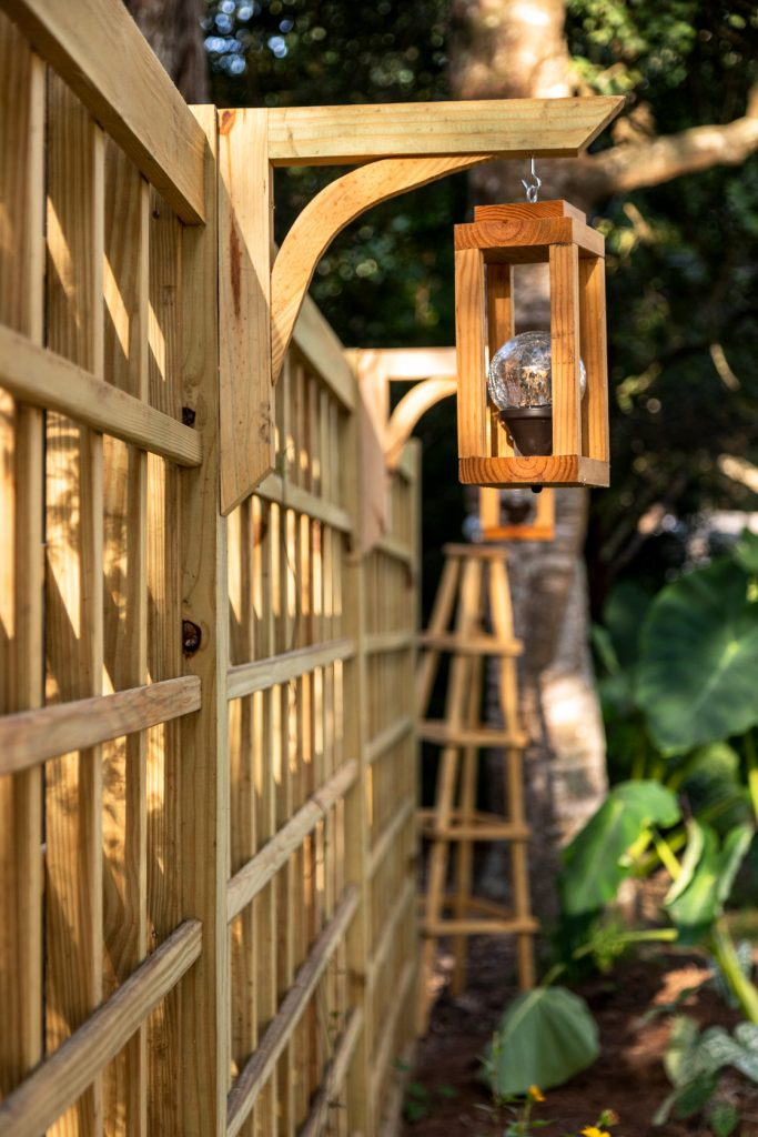 DIY Garden Trellis with easy DIY solar lanterns