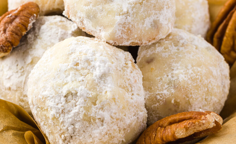 Russian Tea Cakes Cookies