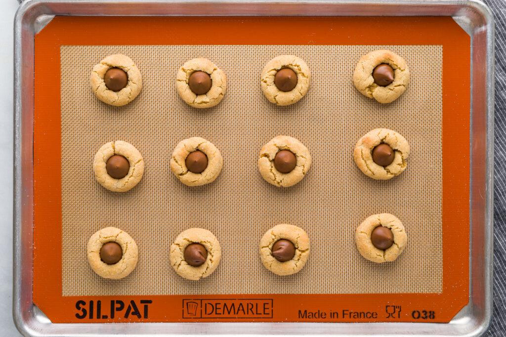 Baked Peanut Blossom Cookies