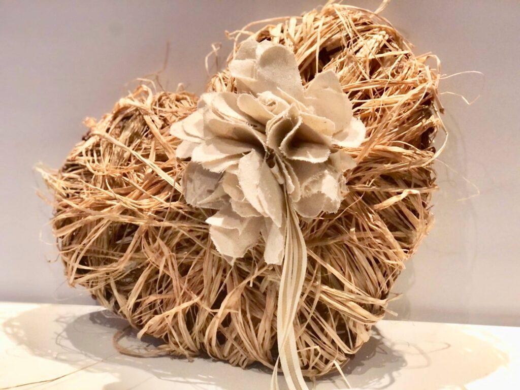 DIY Valentine's Raffia Heart