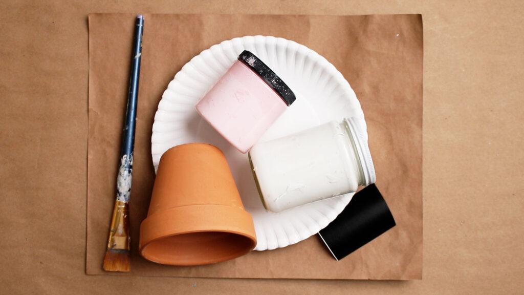 Flowerpot painting supplies