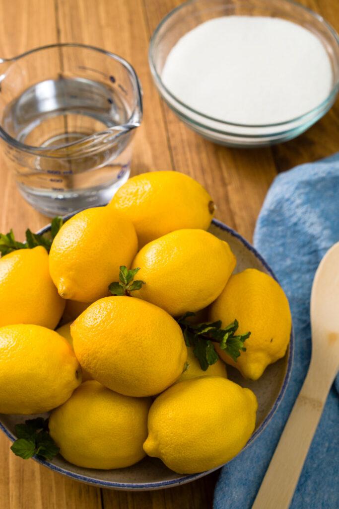 Fresh lemons, sugar and water