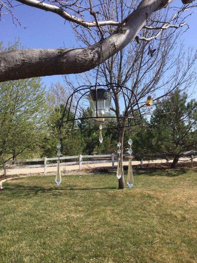 easy-flower-basket-to-solar-chandelier