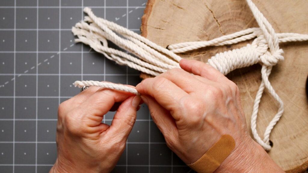 Untwisting the macrame cords