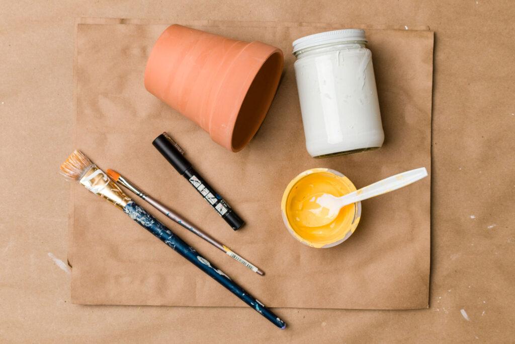 Terracotta pot painting supplies