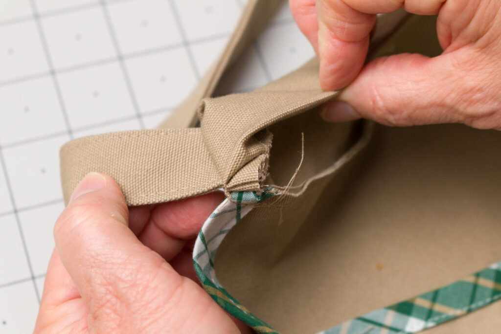 Turn the waistband right side out