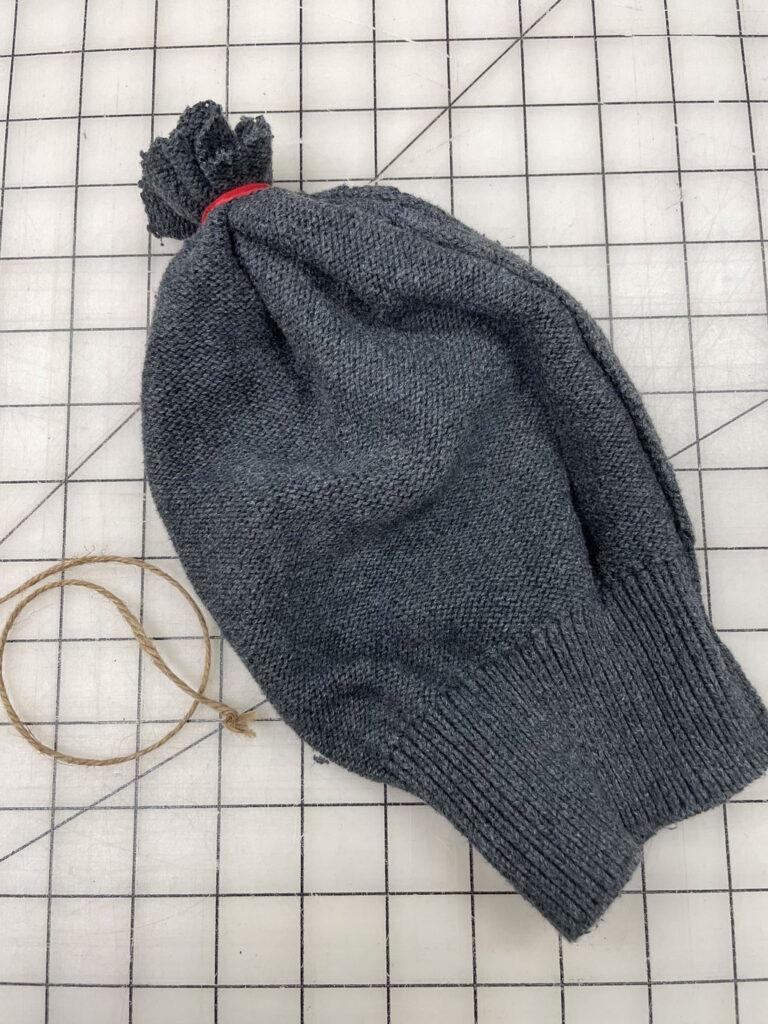 Add rubber band sweater