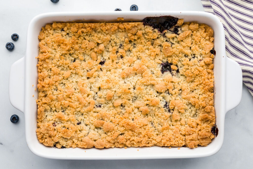 Baked blueberry crisp with Golden brown crumb topping